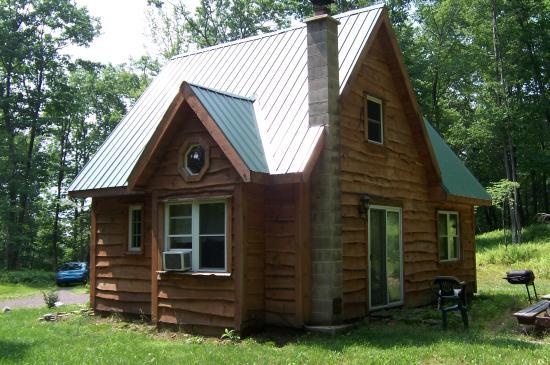 12x16 Log Home